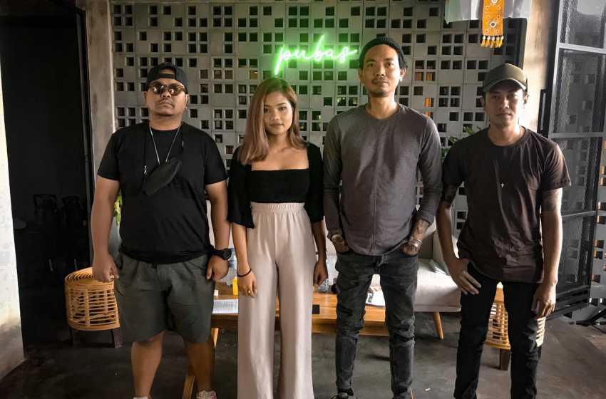 Duet Bareng Lebri, D'Ubud Band Lepas Emosi dan Alkohol Berbicara